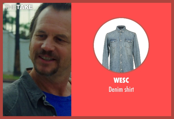 WESC blue shirt from Nightcrawler seen with Bill Paxton (Joe Loder)