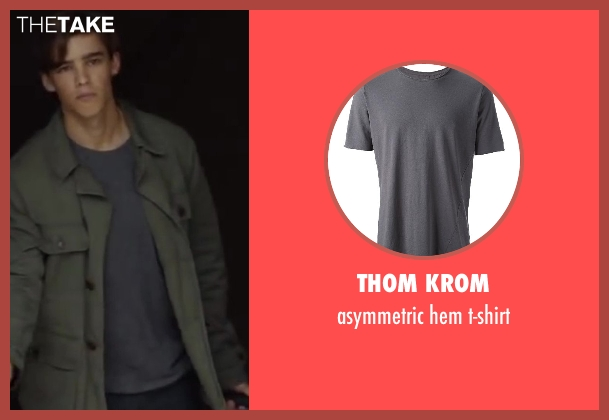 THOM KROM gray t-shirt from Oculus seen with Brenton Thwaites (Tim Russel)