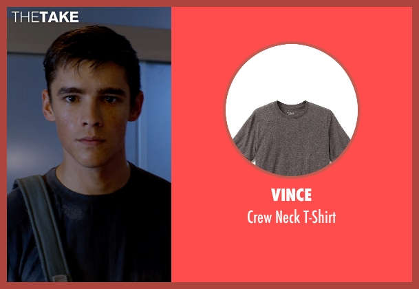 Vince gray t-shirt from The Giver seen with Brenton Thwaites (Jonas)