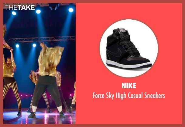 Nike black sneakers from Pitch Perfect 2 seen with Brittany Snow