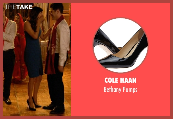 Cole Haan black pumps from New Girl seen with Cece Parekh (Hannah Simone)