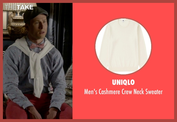 Uniqlo beige sweater from Scream Queens seen with Chad Radwell (Glen Powell)