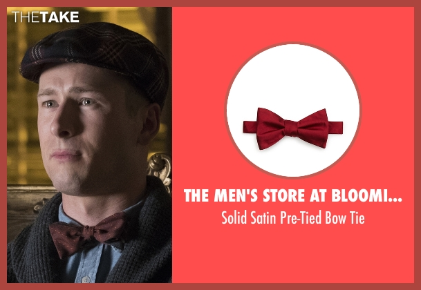 The Men's Store at Bloomingdale's red tie from Scream Queens seen with Chad Radwell (Glen Powell)