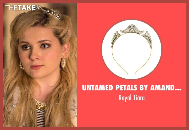 Untamed Petals by Amanda Judge white tiara from Scream Queens seen with Chanel #5 (Abigail Breslin)