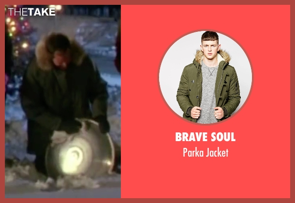 Brave Soul green jacket from Christmas Vacation seen with Chevy Chase (Clark) ...