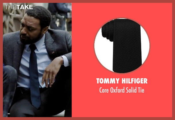 Tommy Hilfiger black tie from Secret in Their Eyes seen with Chiwetel Ejiofor (Ray)