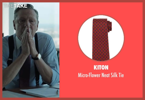 Kiton	 red tie from Demolition seen with Chris Cooper (Phil)