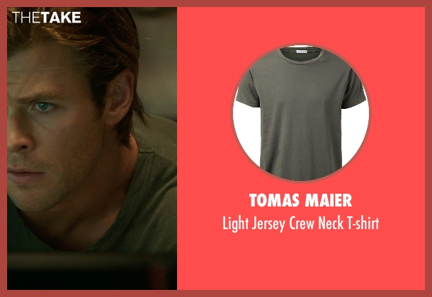 Tomas Maier green t-shirt from Blackhat seen with Chris Hemsworth (Nicholas Hathaway)