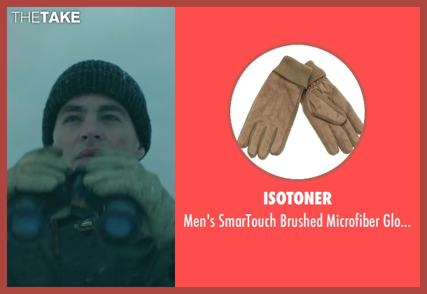 Isotoner beige gloves from The Finest Hours seen with Chris Pine (Bernie Webber)