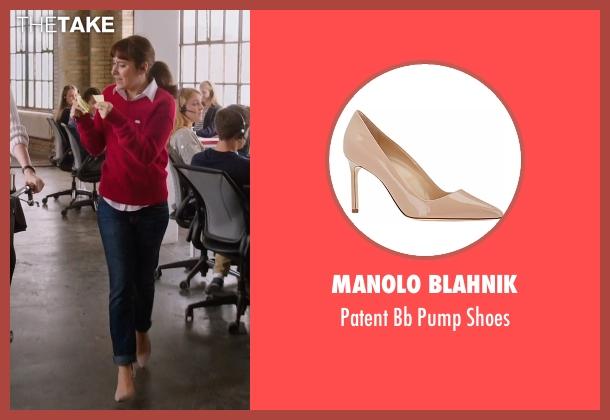 Manolo Blahnik beige shoes from The Intern seen with Christina Scherer (Becky Scott)