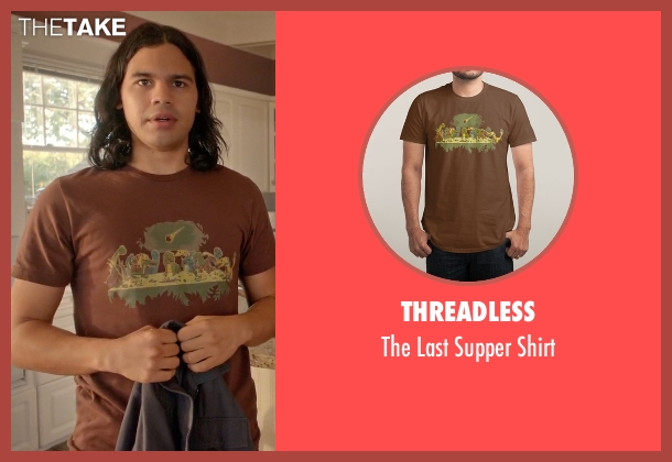 Threadless brown shirt from Arrow seen with Cisco Ramon / Reverb (Carlos Valdes)