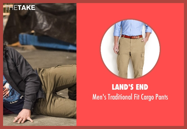 Land's End beige pants from The Flash seen with Cisco Ramon / Reverb (Carlos Valdes)