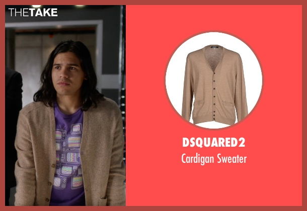 Dsquared2 beige sweater from The Flash seen with Cisco Ramon / Reverb (Carlos Valdes)