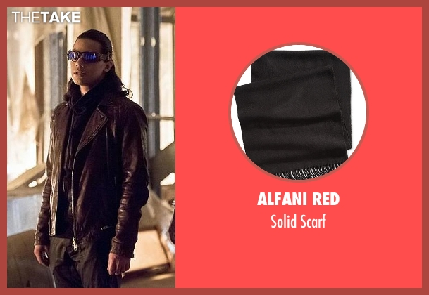 Alfani Red black scarf from The Flash seen with Cisco Ramon / Reverb (Carlos Valdes)