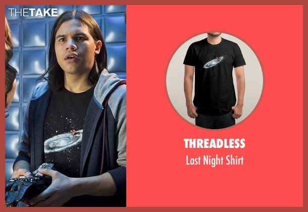 Threadless black shirt from The Flash seen with Cisco Ramon / Reverb (Carlos Valdes)