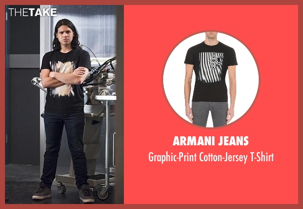 Armani Jeans black t-shirt from The Flash seen with Cisco Ramon / Reverb (Carlos Valdes)
