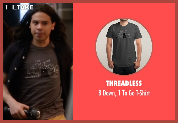 Threadless gray t-shirt from The Flash seen with Cisco Ramon / Reverb (Carlos Valdes)