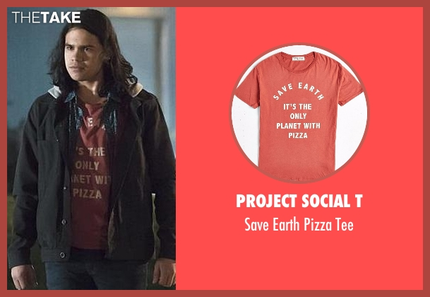 Project Social T red tee from The Flash seen with Cisco Ramon / Reverb (Carlos Valdes)