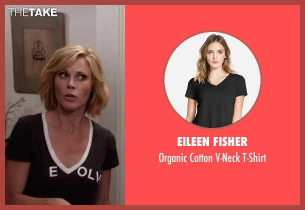 Eileen Fisher black t-shirt from Modern Family seen with Claire Dunphy (Julie Bowen)