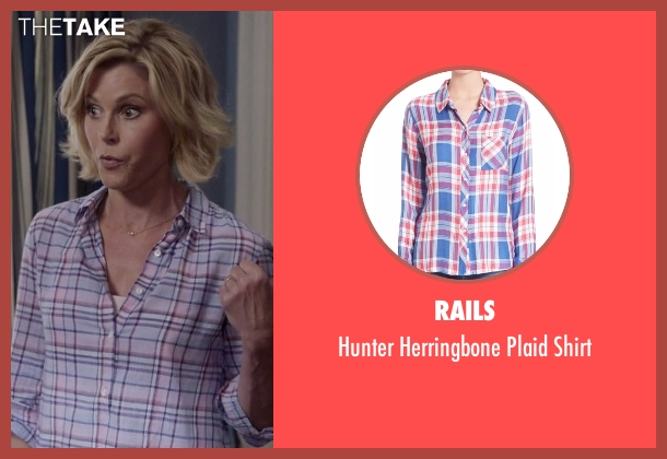 Rails blue shirt from Modern Family seen with Claire Dunphy (Julie Bowen)