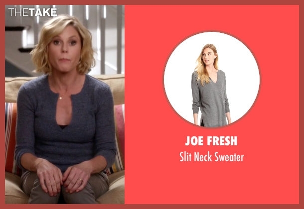 Joe Fresh gray sweater from Modern Family seen with Claire Dunphy (Julie Bowen)