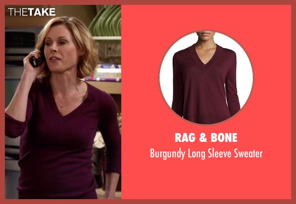 Rag & Bone purple sweater from Modern Family seen with Claire Dunphy (Julie Bowen)