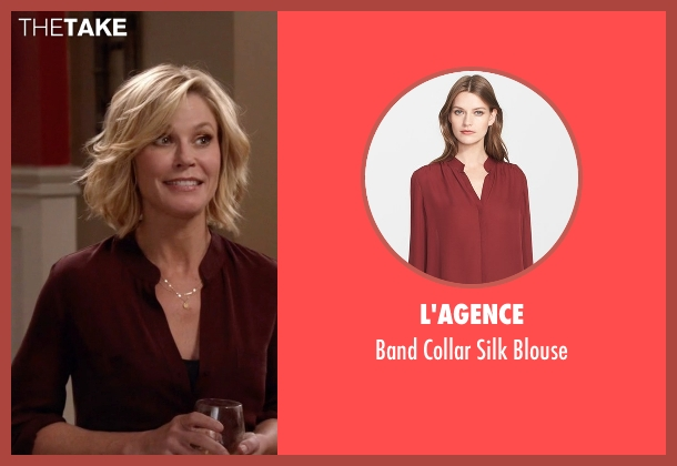 L'agence red blouse from Modern Family seen with Claire Dunphy (Julie Bowen)