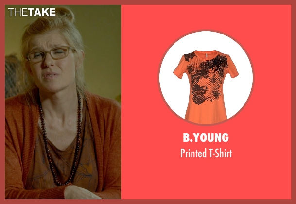 B.Young orange t-shirt from Me and Earl and the Dying Girl seen with Connie Britton (Greg's Mom)