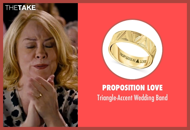 Proposition Love gold band from She's Funny That Way seen with Cybill Shepherd (Nettie Finkelstein)