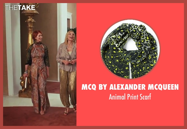 MCQ By Alexander Mcqueen green scarf from Sex and the City 2 seen with Cynthia Nixon (Miranda Hobbes)