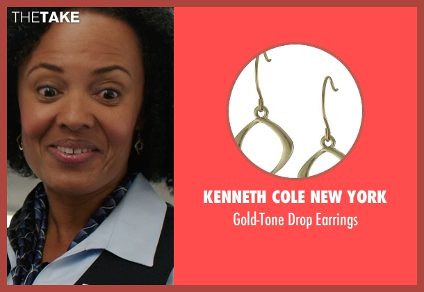 Kenneth Cole New York gold earrings from We're the Millers seen with Denielle Fisher Johnson (Flight Attendant #1)