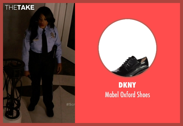 DKNY black shoes from Scream Queens seen with Denise (Niecy Nash)
