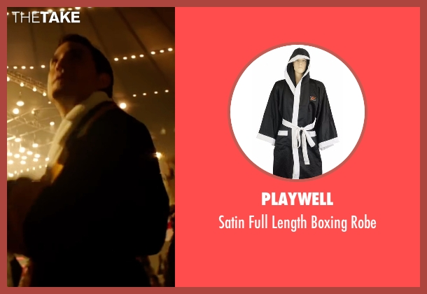 Playwell robe from Hands of Stone seen with Édgar Ramírez (Roberto Duran)