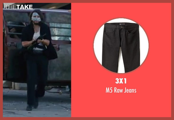3x1 black jeans from Contraband seen with Diego Luna (Gonzalo)