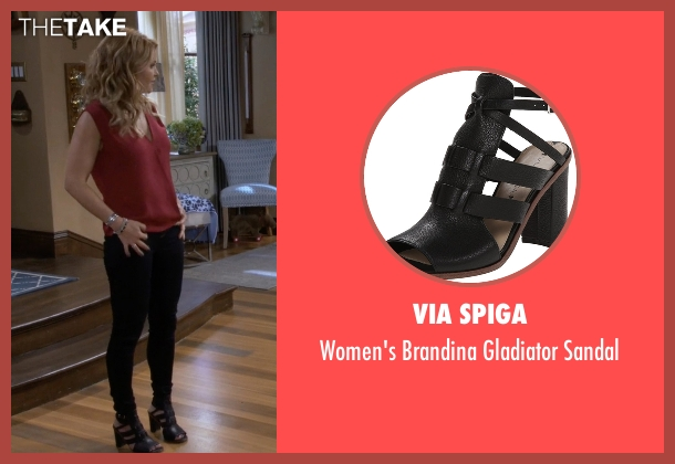 Via Spiga black sandal from Fuller House seen with D.J. Tanner-Fuller (Candace Cameron Bure)