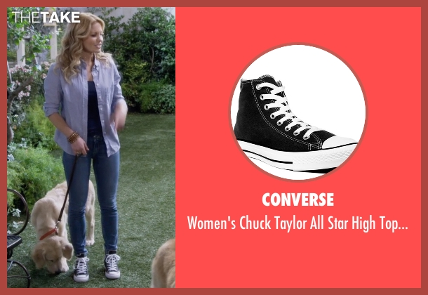Converse black sneakers from Fuller House seen with D.J. Tanner-Fuller (Candace Cameron Bure)