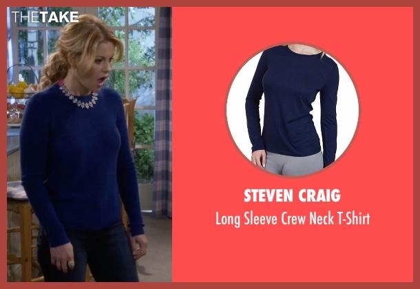 Steven Craig  blue t-shirt from Fuller House seen with D.J. Tanner-Fuller (Candace Cameron Bure)