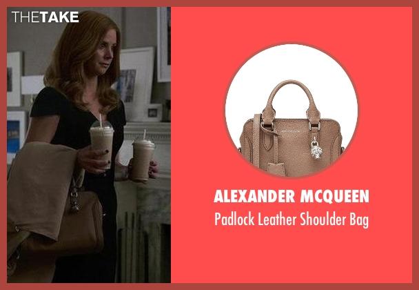 Alexander McQueen brown bag from Suits seen with Donna Roberta Paulsen (Sarah Rafferty)