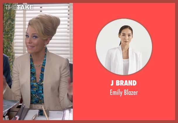 J Brand beige blazer from Pitch Perfect 2 seen with Elizabeth Banks (Gail)