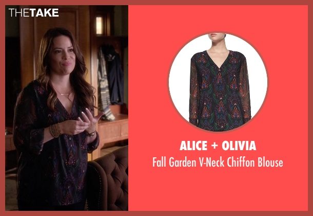 Alice + Olivia black blouse from Pretty Little Liars seen with Ella Montgomery (Holly Marie Combs)