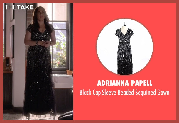 Adrianna Papell black gown from Pretty Little Liars seen with Ella Montgomery (Holly Marie Combs)