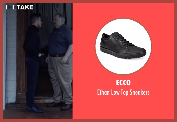 Ecco black sneakers from Mr. Robot seen with Elliot Alderson (Rami Malek)