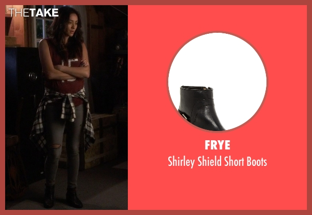 Frye black boots from Pretty Little Liars seen with Emily Fields (Shay Mitchell)
