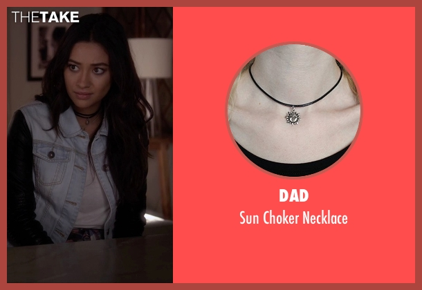 Dad black necklace from Pretty Little Liars seen with Emily Fields (Shay Mitchell)