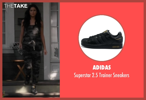 Adidas black sneakers from Pretty Little Liars seen with Emily Fields (Shay Mitchell)