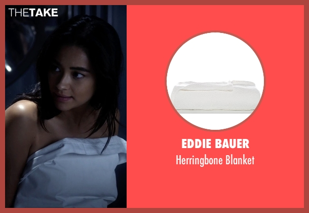 Eddie Bauer blanket from Pretty Little Liars seen with Emily Fields (Shay Mitchell)