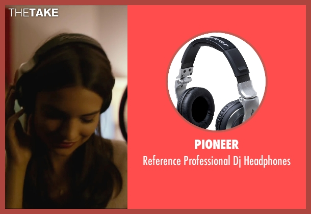 Pioneer headphones from We Are Your Friends seen with Emily Ratajkowski (Sophie)
