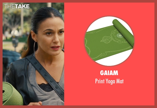Gaiam mat from Entourage seen with Emmanuelle Chriqui (Sloan)