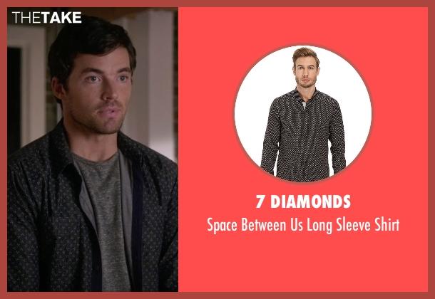 7 Diamonds black shirt from Pretty Little Liars seen with Ezra Fitz (Ian Harding)