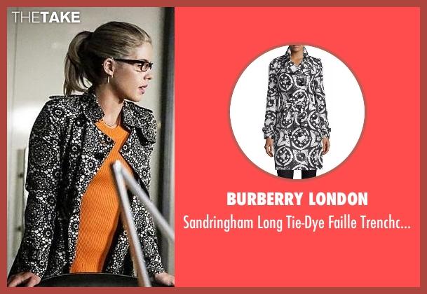 Burberry London  black trenchcoat from Arrow seen with Felicity Smoak (Emily Bett Rickards)
